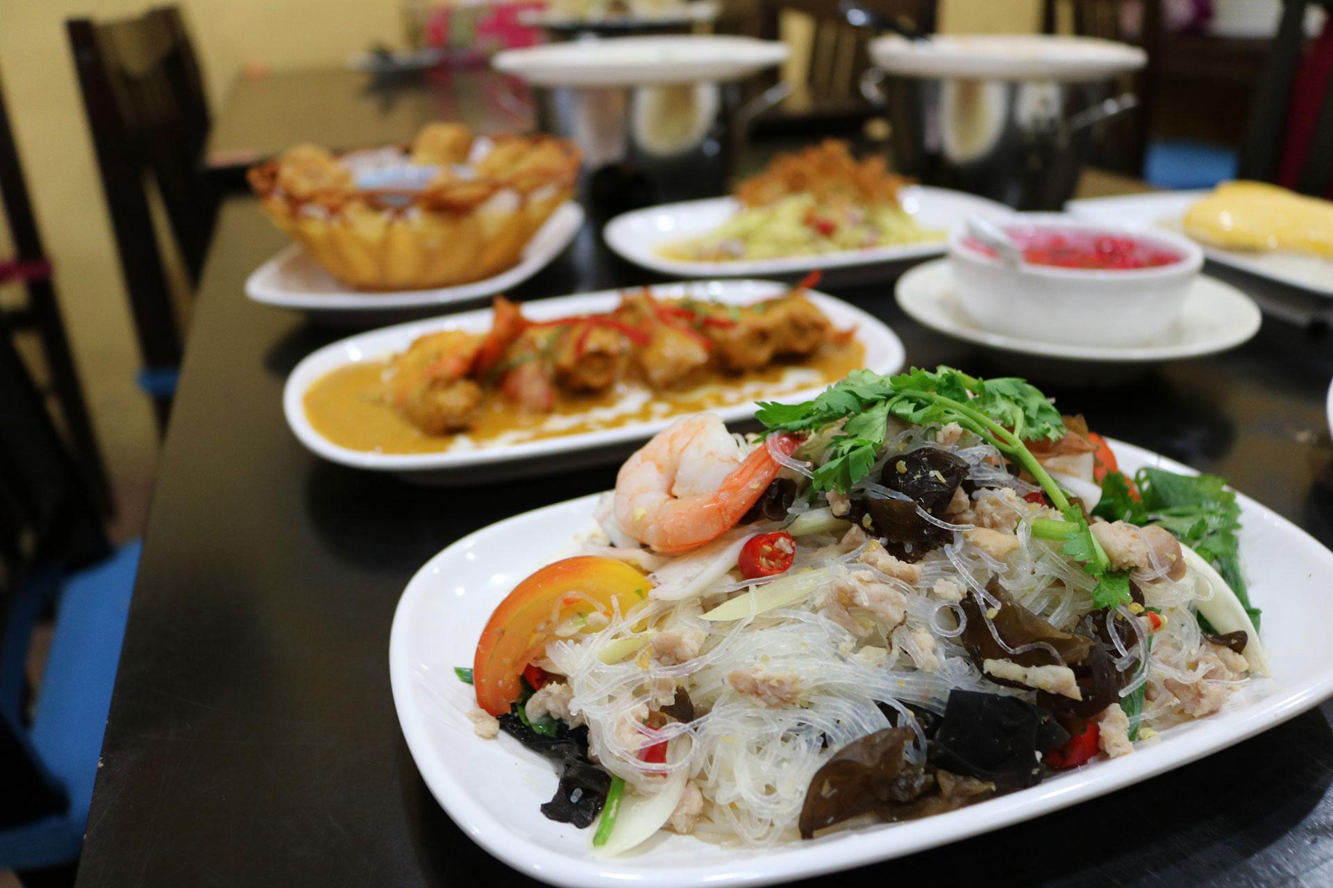 Little Thai Kitchen Restaurant Hours